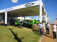 Estande da Embraer / Neiva na Expodireto 2012_3